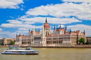 Warto odwiedzić Budapeszt przy okazji Festiwalu Wiosennego.