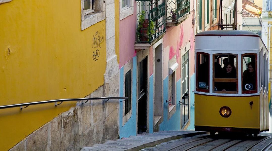 City Break Lizbona –  4 dni, 547 zł/os (przelot + hotel + ubezpieczenie)