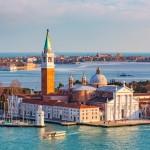 Opactwo benedyktyńskie na wyspie San Giorgio Maggiore z imponującą bazyliką