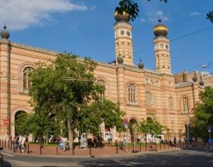 Wielka Synagoga w Budapeszcie - największa synagoga w Europie i trzecia co do wielkości na świecie.