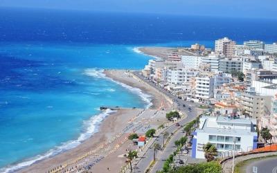 Boska Rodos – wakacje na najbardziej obleganej wyspie greckiej!