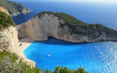 Lot w 2 strony na Korfu – nawet za 321 zł!