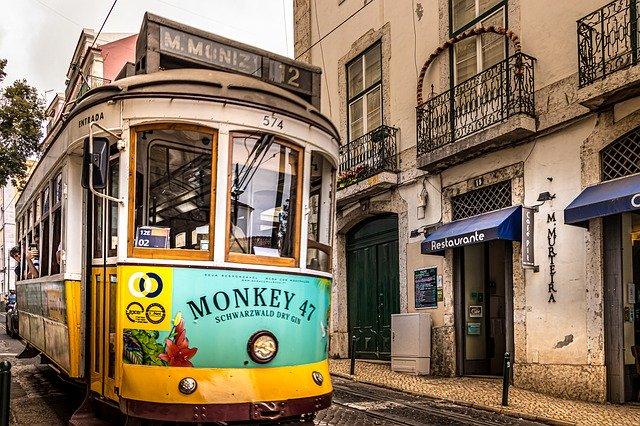 Tanie loty do Lizbony!