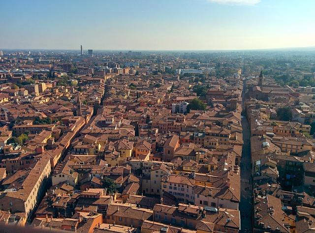 City Break Bolonia – loty na kwiecień