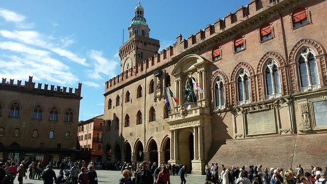 City Break Bolonia – kulinarna podróż do Włoch
