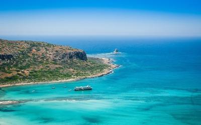 Wspaniałe greckie plaże na słoneczne wakacje
